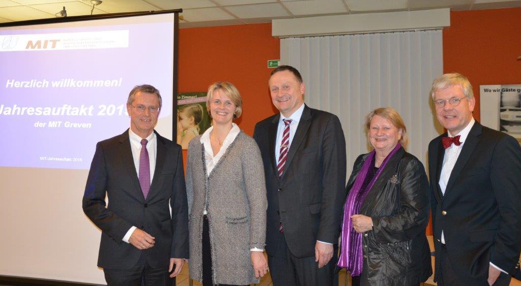 Foto: Jörg Münning (LBS), Anja Karliczek MdB, Dr. Christhoph Kösters (MIT), Christa Waschkowitz-Biggeleben (SU), Prof. Dr. Risch (IHK Nord-Westfalen)