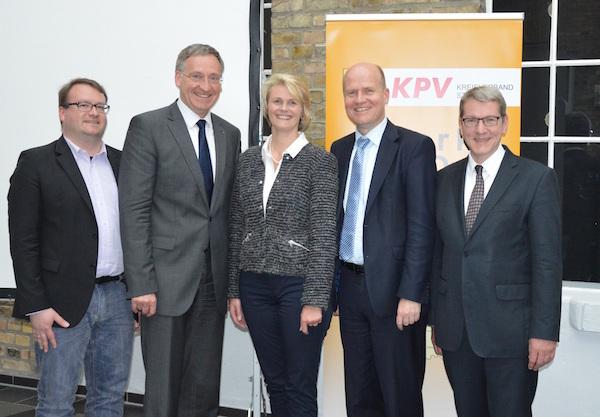(v.l.n.r.): Swen Schütz (KPV-Kreisvorsitzender), Georg Moenikes (Bürgermeister Emsdetten), MdB Anja Karliczek, MdB Ralph Brinkhaus, Dr. Klaus Effing (CDU Landrats-Kandidat)